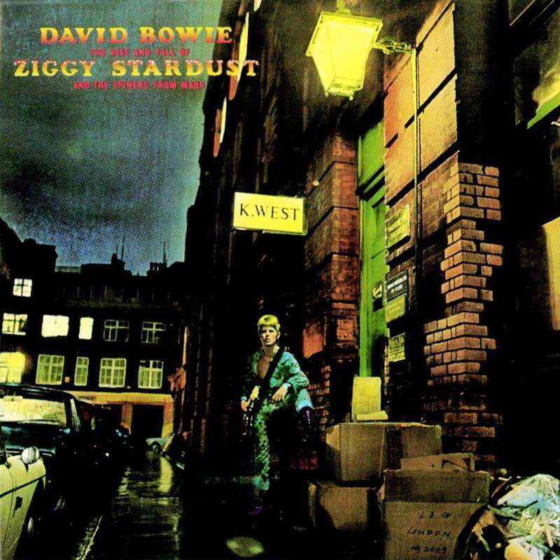 Ziggy Stardust | Pushing Ahead of the Dame