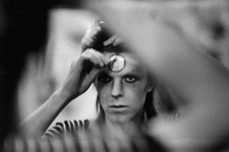 david-bowie-ziggy-stardust-makeup
